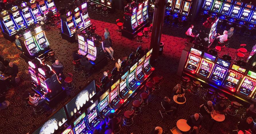 Casinos sociales vs casinos en línea
